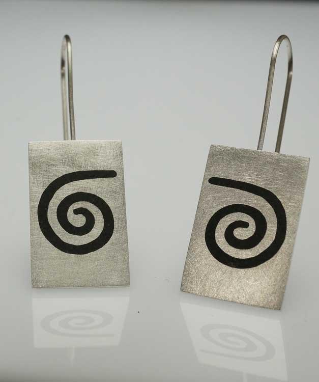 Amelia-Joe-Chandler-Kingman-spiral-earrings-SWJ01492-1
