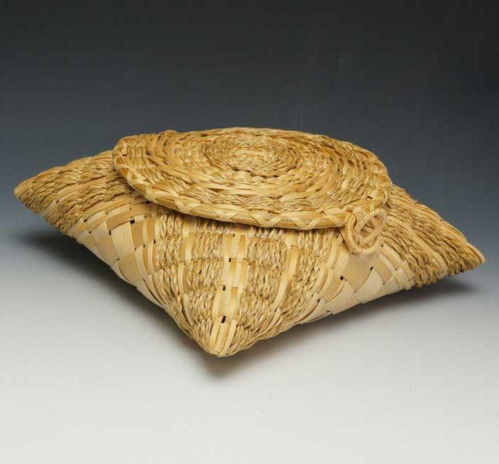 Clara-Keezer-Handkerchief-Basket-1