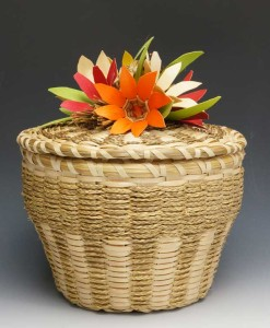 Molly-Neptune-Parker-Flower-Basket-ME00402-2
