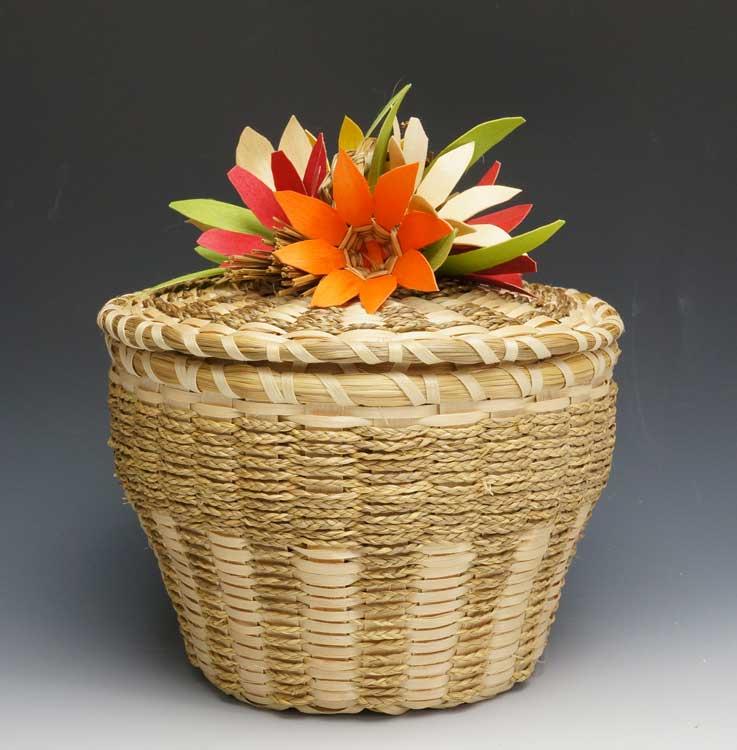 Molly-Neptune-Parker-Flower-Basket-ME00402-2