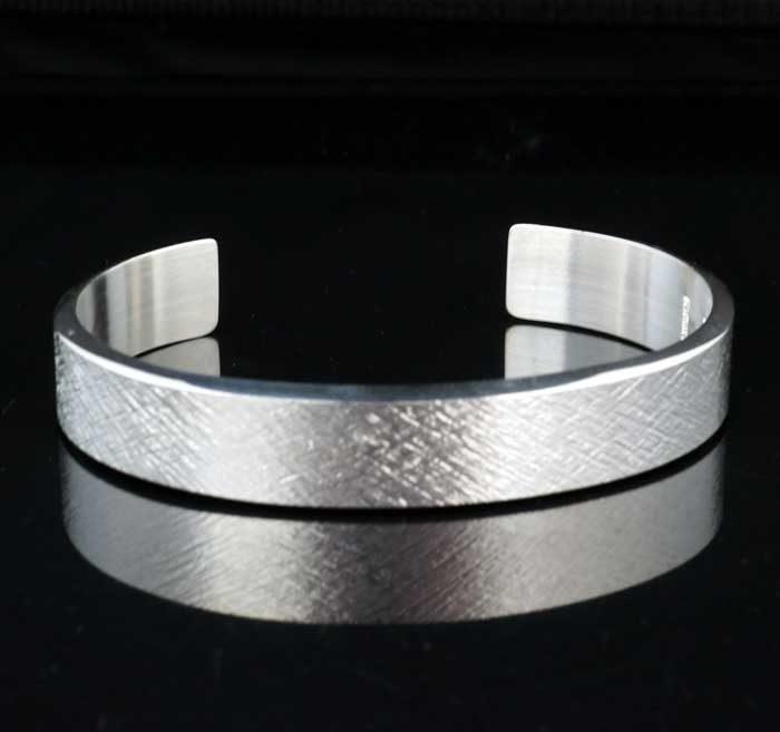 Chris-Pruitt-silver-bracelet-SWJ01507-1