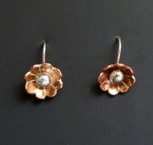 Decontie and Brown flower earrings