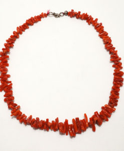 Vintage single strand coral necklace