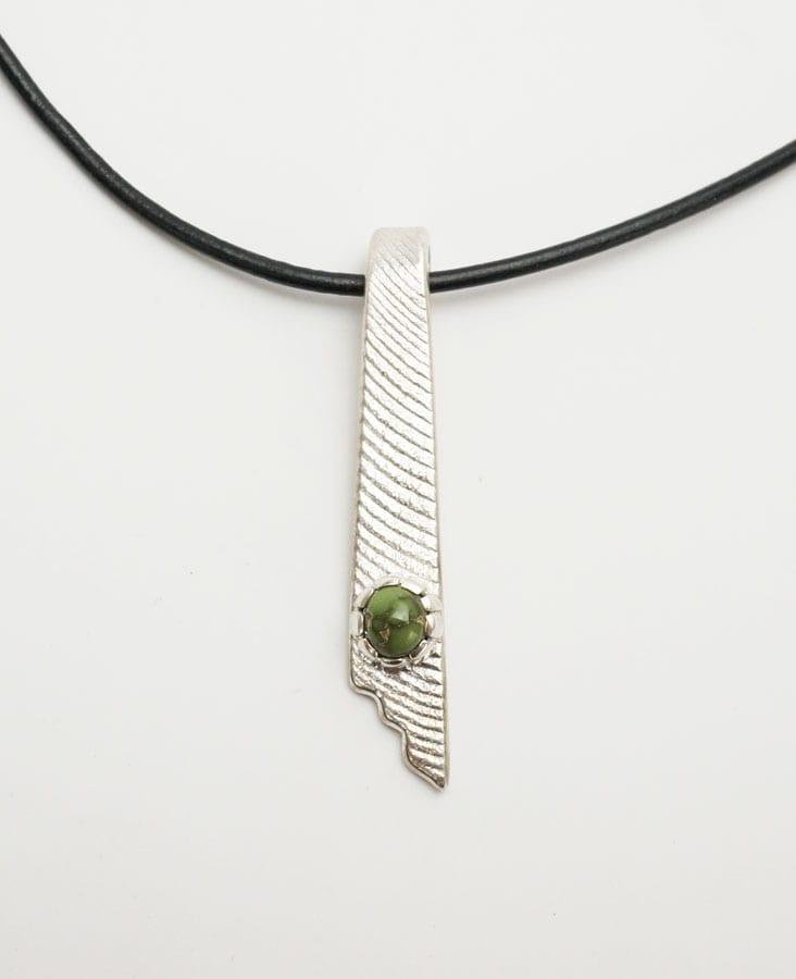 Athea Cajero Grasshopper Turqoise Necklace