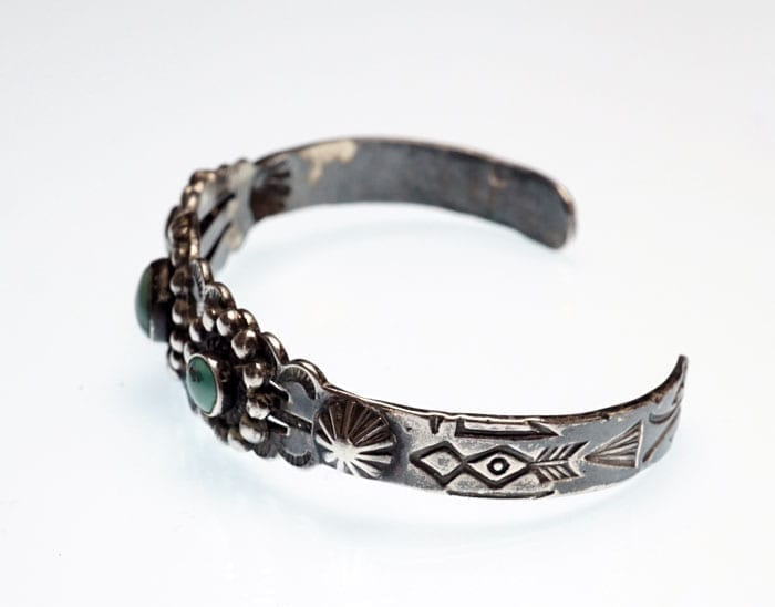 Vintage-three-stone-bracelet-SWJ01683-2