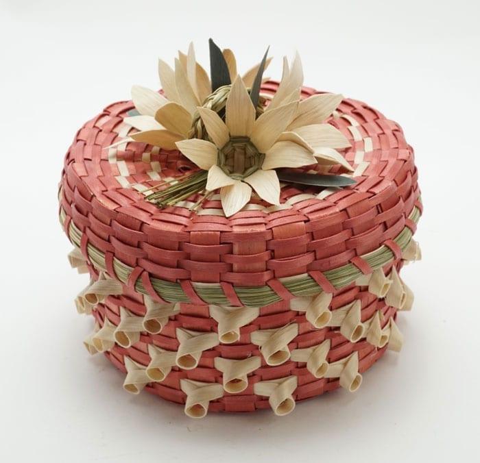 Dolly-Barnes-Pink-Flower-Curl-Basket-ME00499-3
