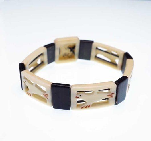 Early 20th century seals bracelet