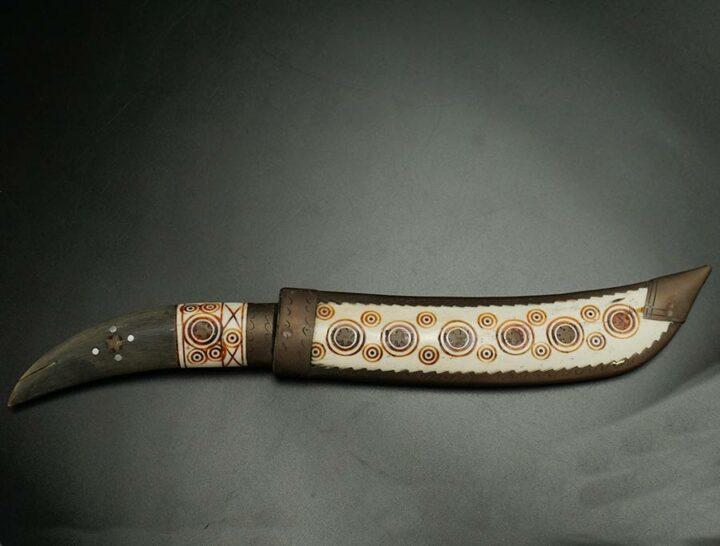 Vintage inlaid eskimo knife