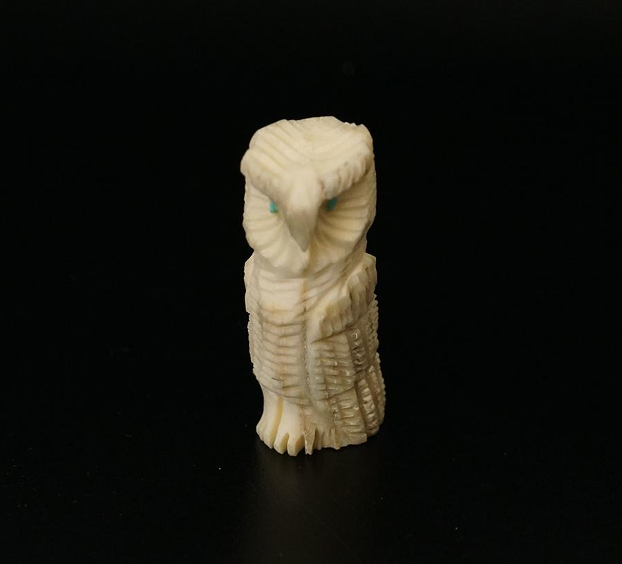 Marlon Lowtsayatee Zuni Fetishes Antler Owl