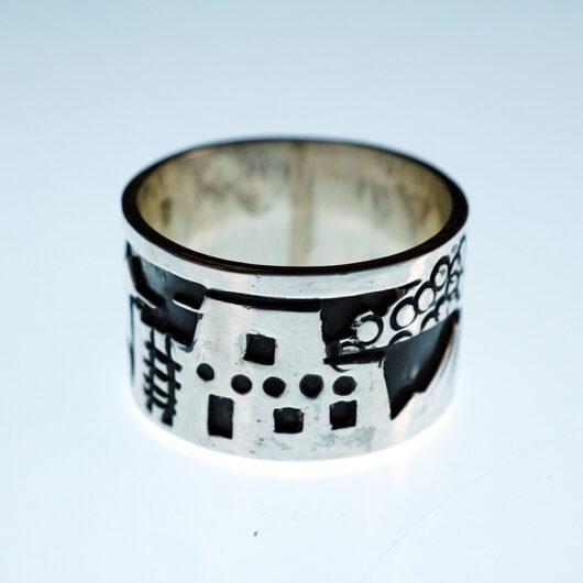 Kewa Artist Lorenzo Tafoya Sterling Silver Pueblo Ring
